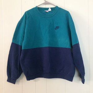 Nike vintage color block pullover